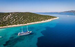 Krstarenje Jadranom brodom Paradis