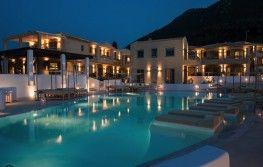 Crystal Waters Hotel 4*