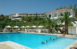 Hotel Glicorisa Beach 3*