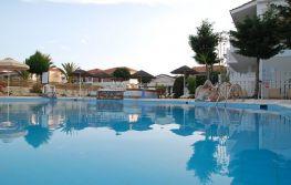 Hotel Louros Beach 3*